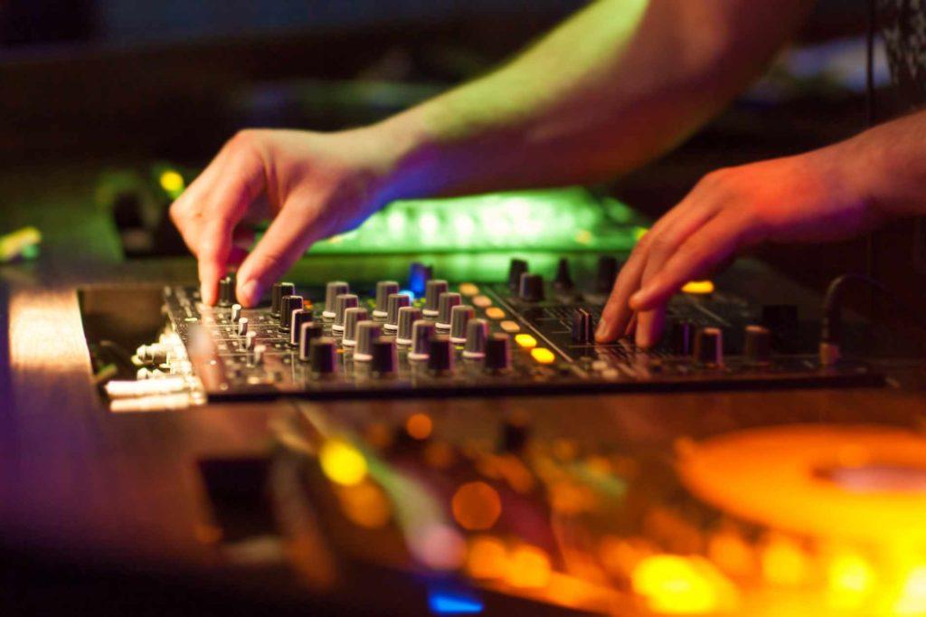 Hochzeitsmusik - Ein Hochzeits DJ