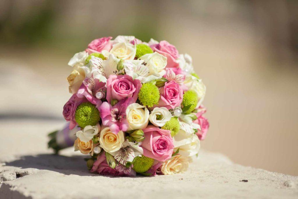 Ein sommerlicher Brautstrauß
