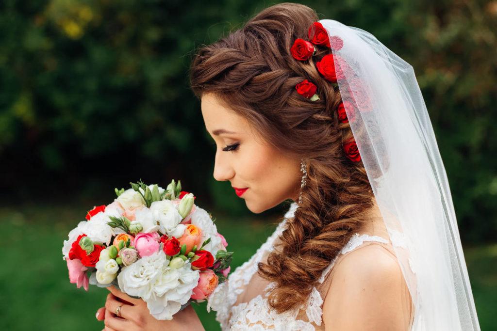 Die schönsten Flechtfrisuren für Hochzeiten