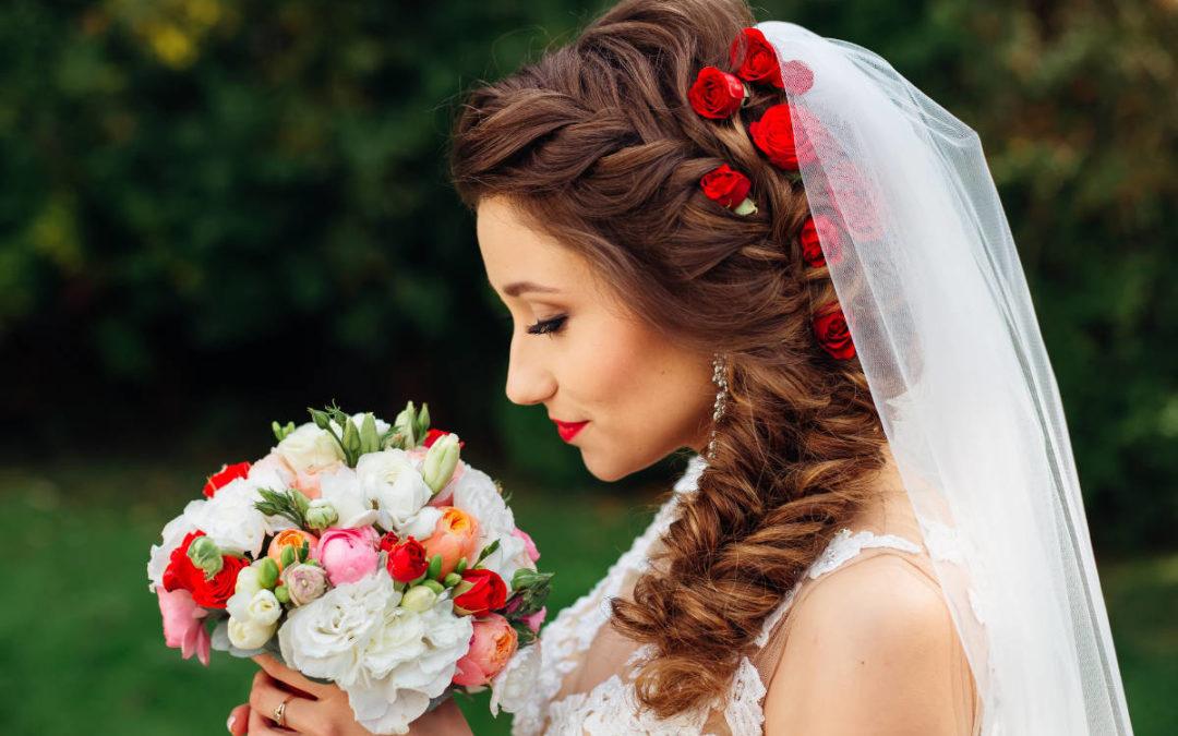 Die schönsten Flechtfrisuren für deine Hochzeit