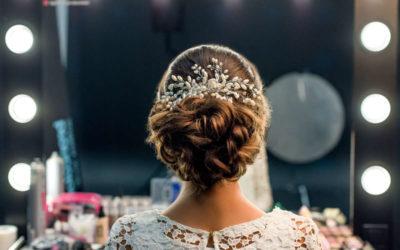 Die perfekte Hochsteckfrisur für deine Hochzeit