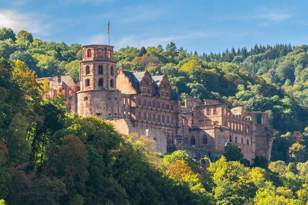 Aussenansicht des Heidelberger Schlosses.