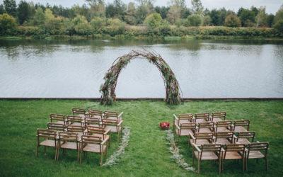 So dekorierst du Deine Hochzeit im Greenery-Stil
