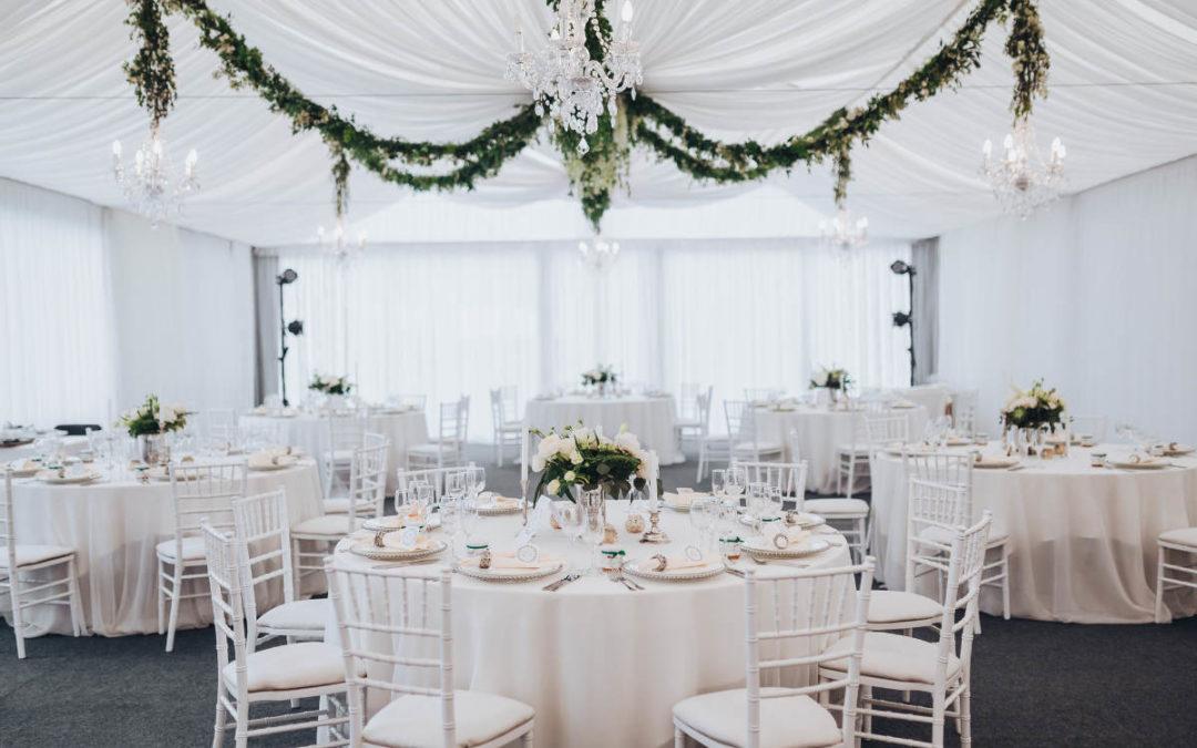 Vintage Hochzeitsdeko – Die klassische Hochzeit ganz in Weiß