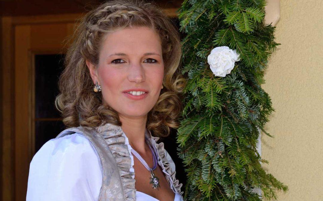 Hochzeitsdirndl – Heiraten in alpiner Tracht